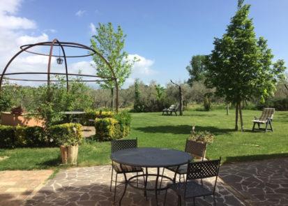 giardino-esterno villa mustafa